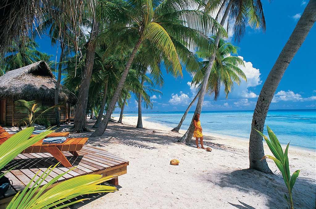 Treinamento clientes 33 países - Praia - Adriano Brancher